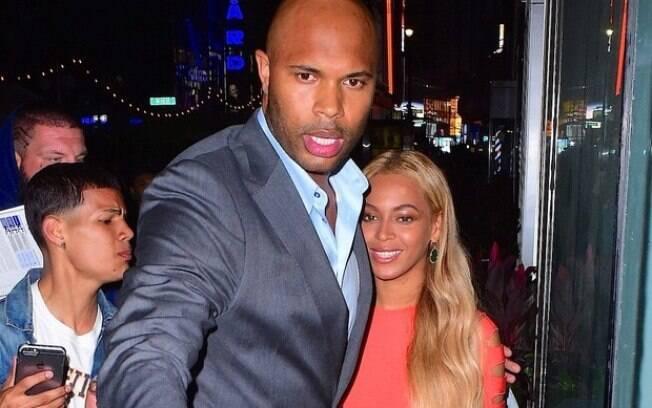 O protetor está com a cantora Beyoncé desde 2008 e já presenciou momentos bafônicos