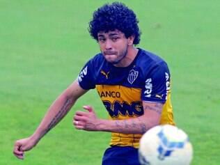 Recuperado. Luan treina na véspera do jogo, é relacionado e deve ser titular contra o Corinthians