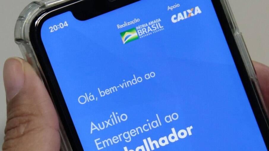 Caixa pagar auxílio emergencial nesta quinta-feira