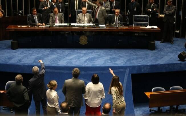 Renan Calheiros considerou a medida de Maranhão para anular impeachment de
