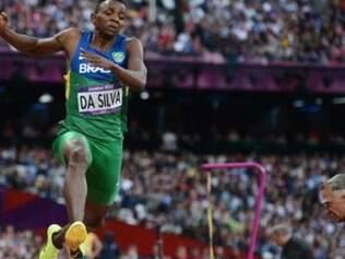 Duda saltou 8,24m em última tentativa, três centímetros a menos que Rivera, que levou o bronze