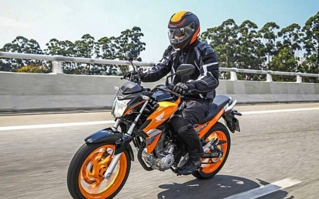 Honda CB Twister é o modelo de entrada acima da líder de vendas CG, que acaba de chegar em sua linha 2020