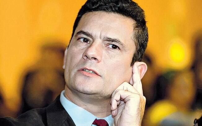 Brasileiros ficaram preocupados após o celular do ministro Sergio Moro ser hackeado