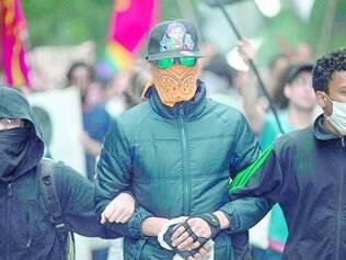 Marcha. Manifestantes protestam contra o leilão do campo de Libra, da Petrobrás, no ano passado