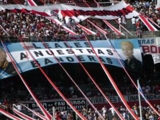 Barra-bravas são conhecidos por violência nos estádios argentinos