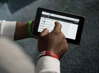 Nexus 7, primeiro tablet com a marca Google fabricado em parceria com a Asus