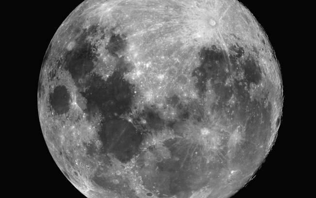 Lua cheia: estudo mostra que ciclo lunar realmente interfere no sono