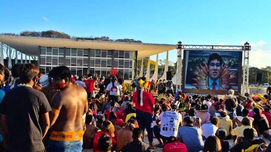 Indígenas estão acampados em Brasília para acompanhar votação do Marco Temporal