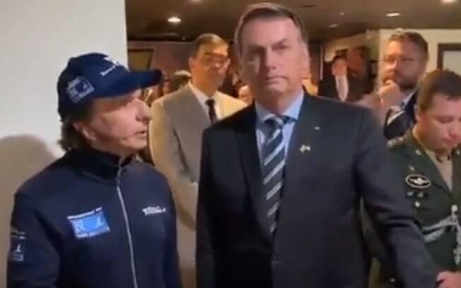 Presidente Jair Bolsonaro encontrou o ex-campeão da Fórmula-1 Emerson Fitipaldi em uma churrascaria em Miami