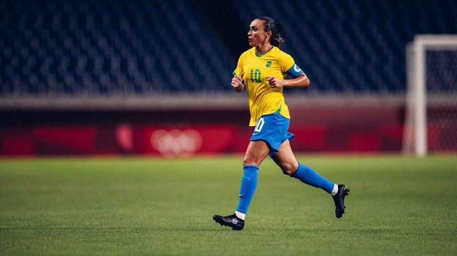 Marta pediu investimento no futebol feminino após eliminação nas Olimpíadas