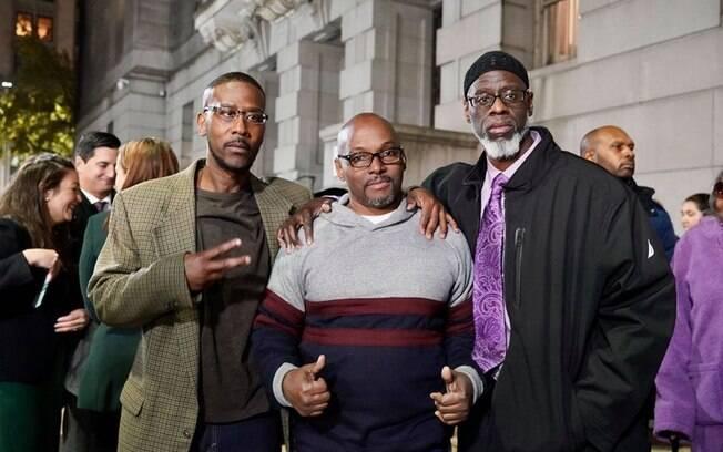 Alfred Chestnut, Andrew Stewart e Ransom Watkins foram liberadores nesta segunda-feira