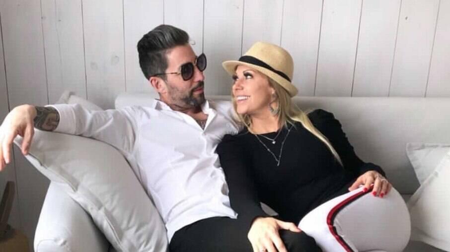 Antonella e o ex-marido Tati Fdez