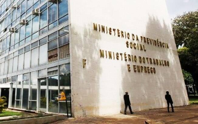 Operação apura atuação de uma organização criminosa que atua em fraudes e desvios no Ministério do Trabalho