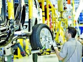 Faturamento da indústria automobilística em Minas Gerais despencou de janeiro a abril deste ano