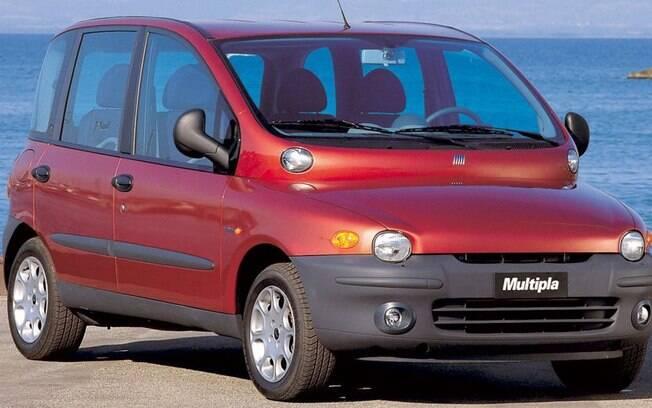 Sem o Fiat Multipla a lista dos carros mais estranhos que já fizeram até hoje não estaria completa