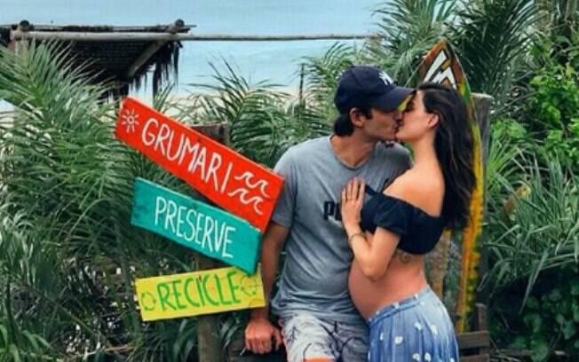 Ísis Valverde revelou que libido permaneceu durante a gestação e que ela continuou fazendo sexo durante a gravidez