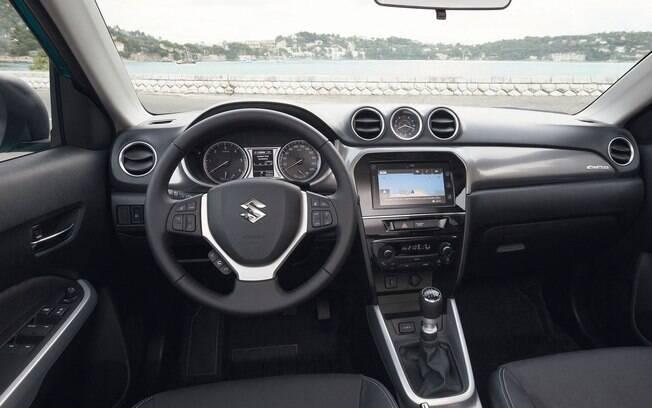 Equipado com sete airbags, o Suzuki Vitara terá um problema para se posicionar sem brigar com o Suzuki S-Cross, na casa dos R$ 80 mil.