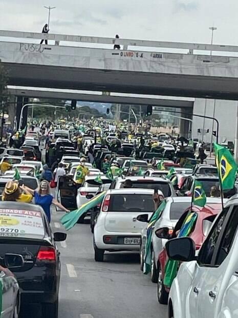 carreata brasilia bolsonaro