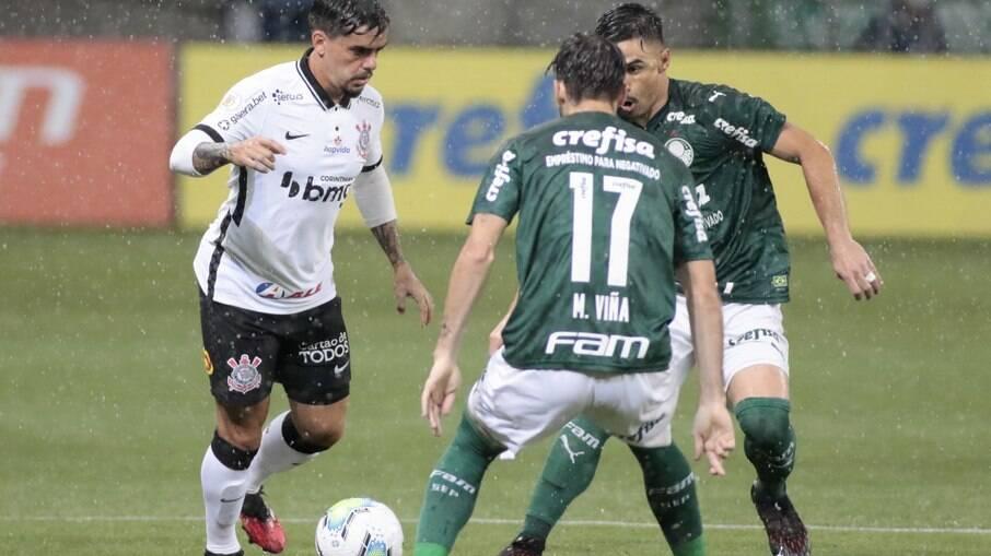 Corinthians enfrenta o Palmeiras com desfalques por Covid-19