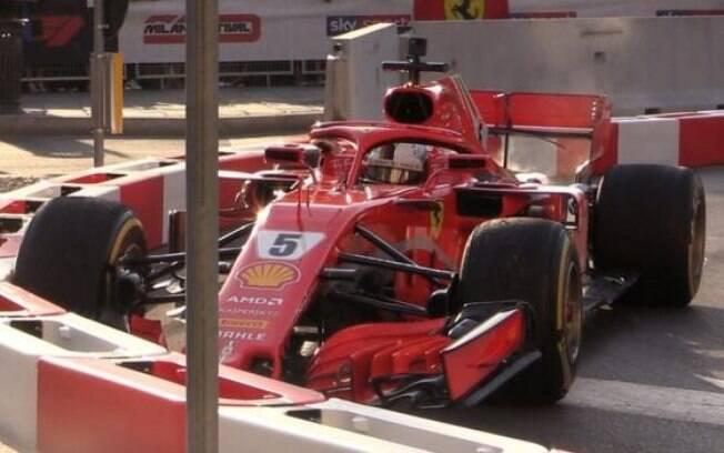 Sebastian Vettel bateu sua Ferrari durante evento na Itália