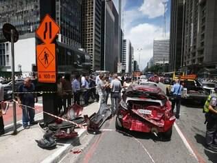 Acidente na Avenida Paulista engloba 13 veículos