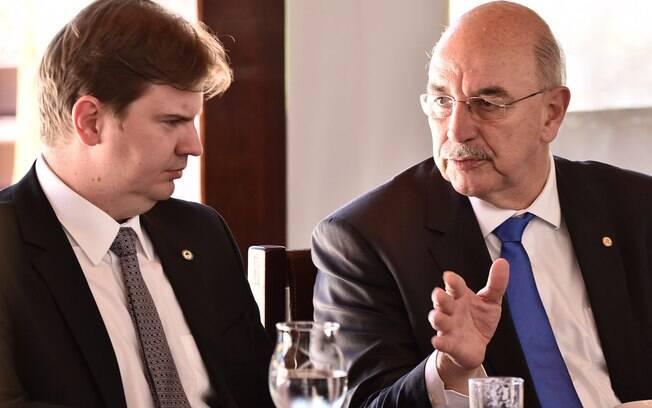Futuro ministro Osmar Terra escolheu seus secretários para a pasta