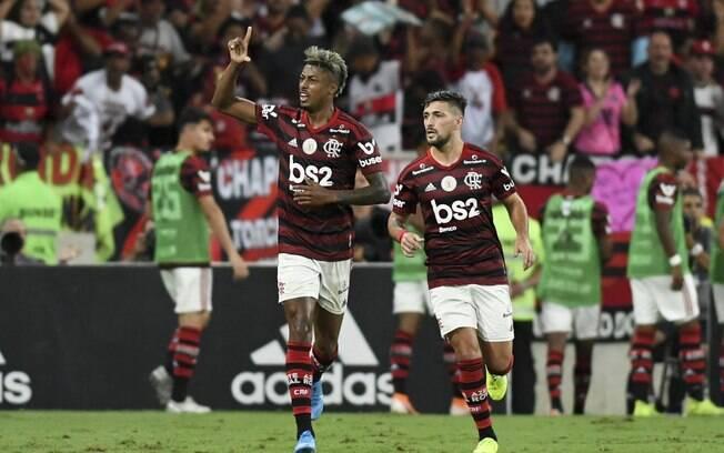Bruno Henrique comemora gol