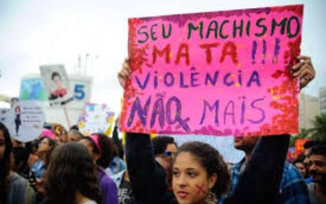 Movimentos feministas exigem de governos providências para combater a violência contra a mulher