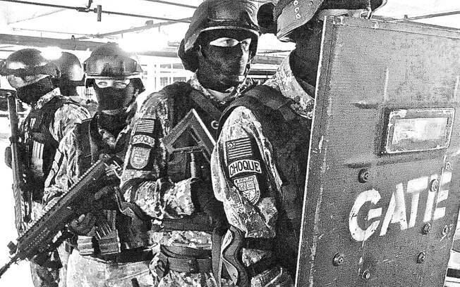 Equipe Tática do Grupo de Ações táticas Especiais, tropa de elite da Polícia Militar do Estado de São Paulo