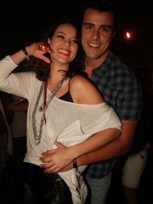 Joaquim Lopes e a namorada, Paola Oliveira