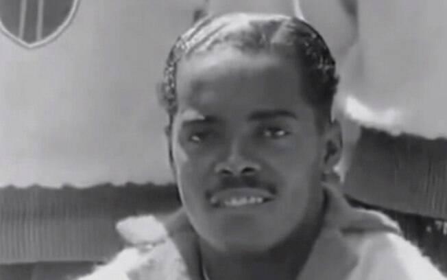 Leônidas da Silva falsificou documento e foi preso em 1941