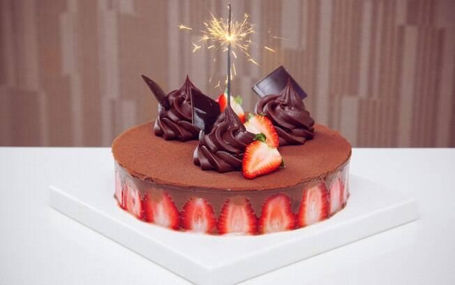 Foto da receita Bolo de chocolate com morango pronta.