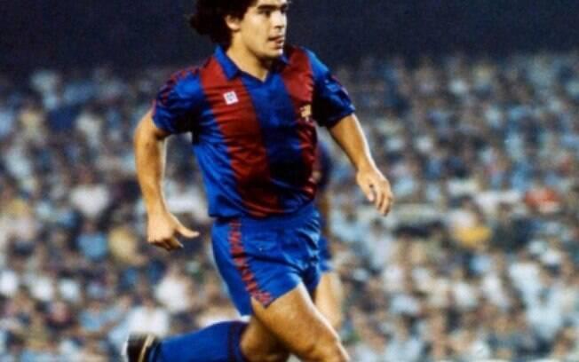 Famosos lamentam a morte de Maradona