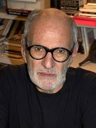 O autor Larry Kramer