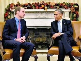 Descontraídos. Obama e William estavam sorridentes na Casa Branca
