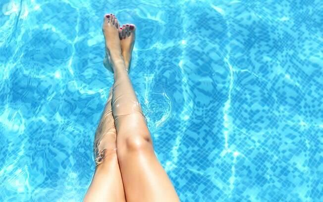 Distanciamento físico e segregação de público são alguns cuidados que devem ser tomado pelo turista e pelo hotel na área da piscina