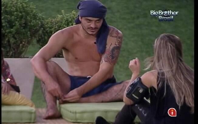 Renata conta da briga que teve com João Maurício para Rafa