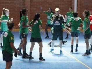 Nesta terça-feira, a seleção brasileira realizou um treinamento recreativo, em Quito