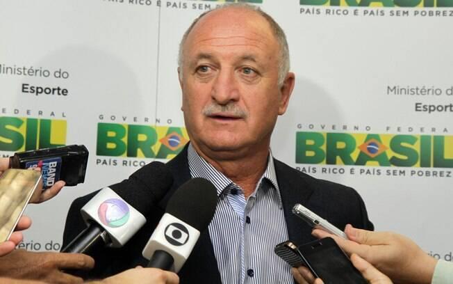 Felipão volta a assumir o posto de técnico da  seleção brasileira