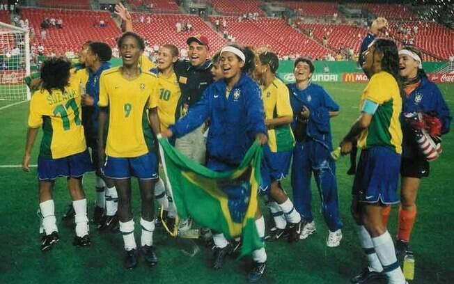 Em 1999, a seleção feminina do Brasil ficou com o terceiro lugar do Mundial