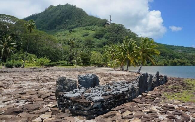 Os Templos Sagrados Marae, que são feitos de pedra mecca, são outro atrativo do Tahiti