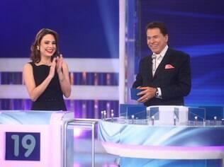 Rachel Sheherazade participa do 'Jogo das 3 Pistas' com Silvio Santos