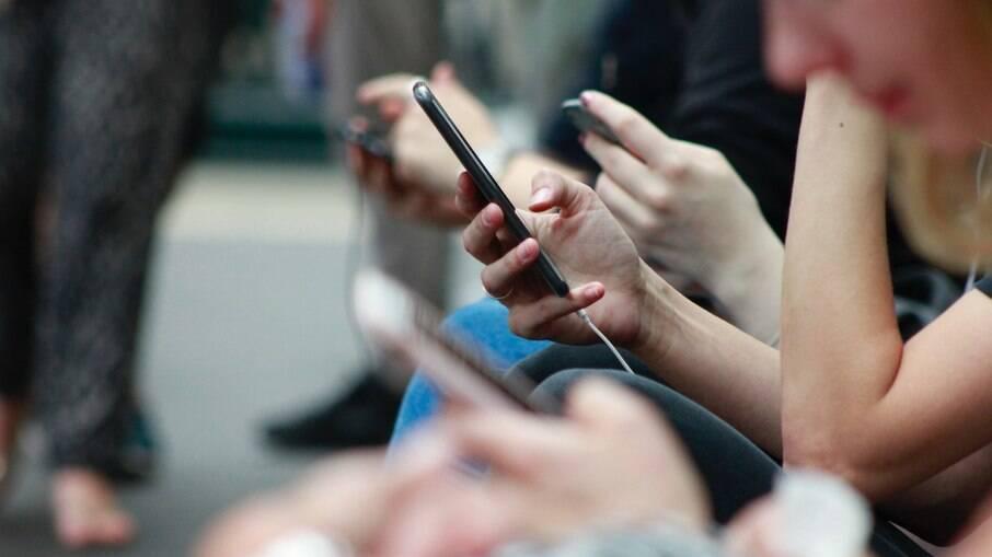 Google revela celulares