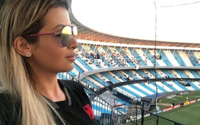 Musa do Vasco, Bianka Cabral acompanhou o jogo do seu time diante do Racing, na Argentina