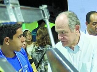 Pimenta da Veiga visitou a Olimpíada do Conhecimento ontem