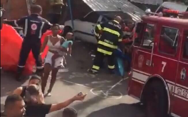 Veículo do Corpo de Bombeiros causou acidente ao chegar ao local de ocorrência