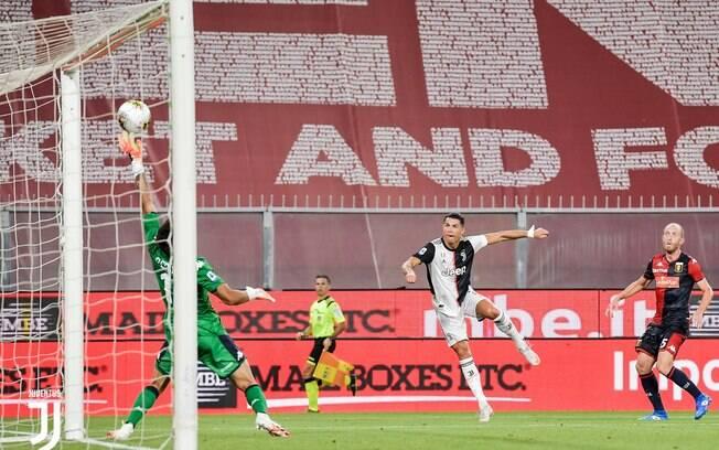 Cristiano Ronaldo deixou o dele contra o Genoa