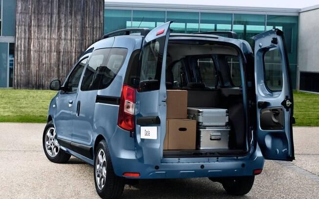 Enquanto a Europa tem a segunda geração do Renault Kangoo, o Dacia Dokker fica como a opção baixo-custo para países emergentes.
