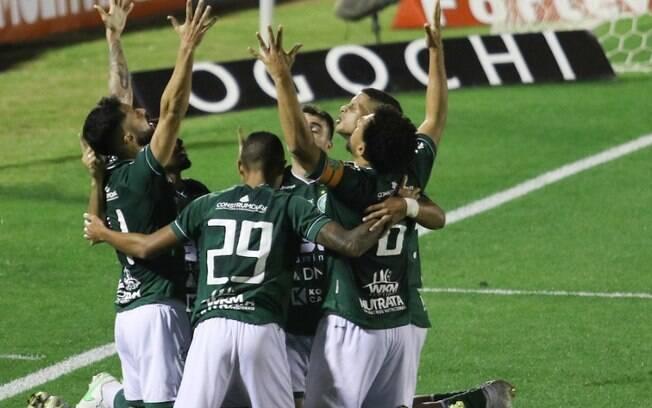 Guarani vence o Brasil de Pelotas e cola no G4