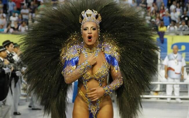 Cinthia Santos, a rainha de bateria da Águia de Ouro